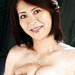 美乳で母乳の癒し妻 松山芳恵